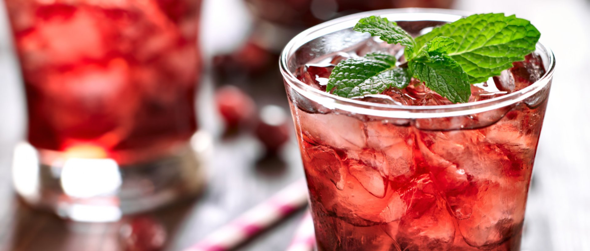 non alcoholic lime ginger cranberry cocktail